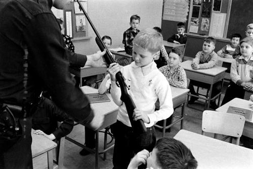 Teaching guns at school - Life magazine 1