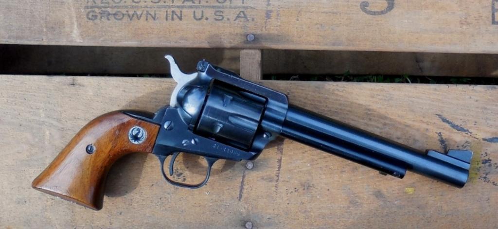Magnum ruger revolver blackhawk 357 Ruger 357