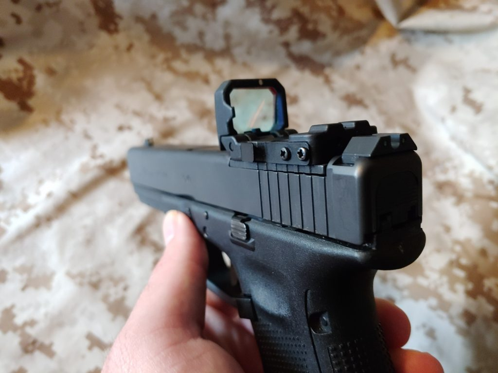 Glock MOS - Tupperware    with a Scope - GAT Daily (Guns Ammo Tactical)