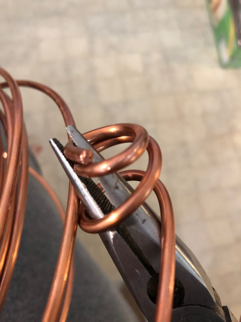 wire for emergency oil lamp preparation