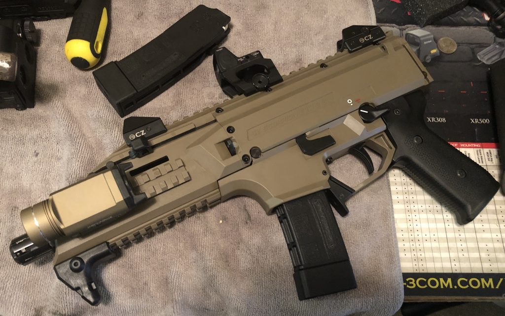 CZ Scorpion EVO 3 S1 in FDE with RMR and streamlight tlr-1 9mm
